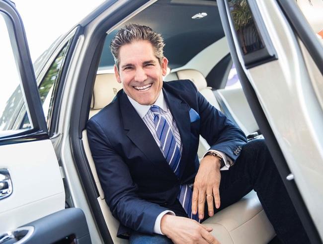 """Để trở thành triệu phú tuổi 30: Hãy học bí quyết của """"ông vua bán hàng"""" Grant Cardone"""