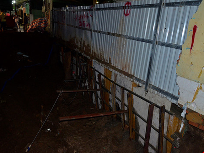 TPHCM: Nhiều người dân ở trung tâm thành phố di tản vì công trình sụt lún