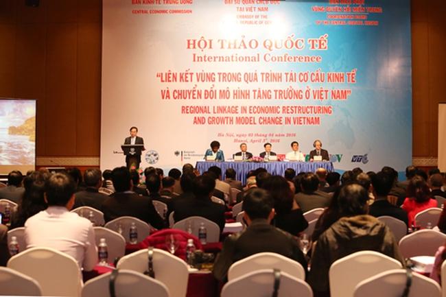 Ông Vương Đình Huệ: Cần giải pháp xóa tình trạng 63 tỉnh, 63 nền kinh tế