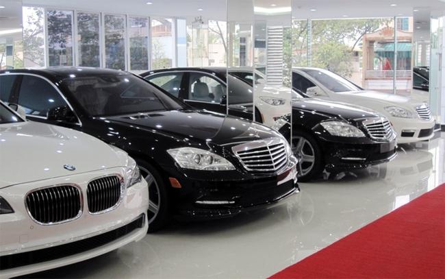 Dân ồ ạt sắm xe, các hãng xe kiếm bội tiền với doanh số tăng cao