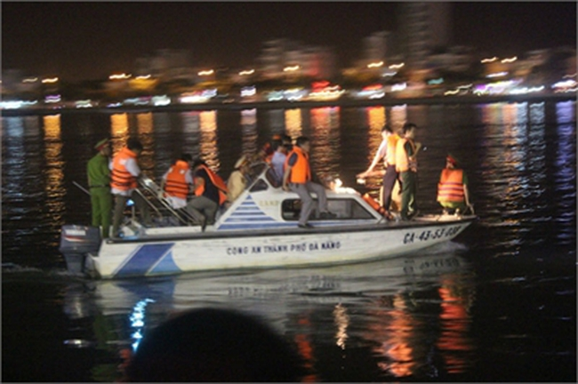 Sở GTVT Đà Nẵng không nhận trách nhiệm vụ chìm tàu