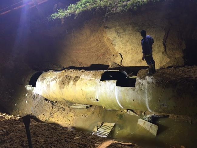 Đường ống sông Đà vỡ lần thứ 18