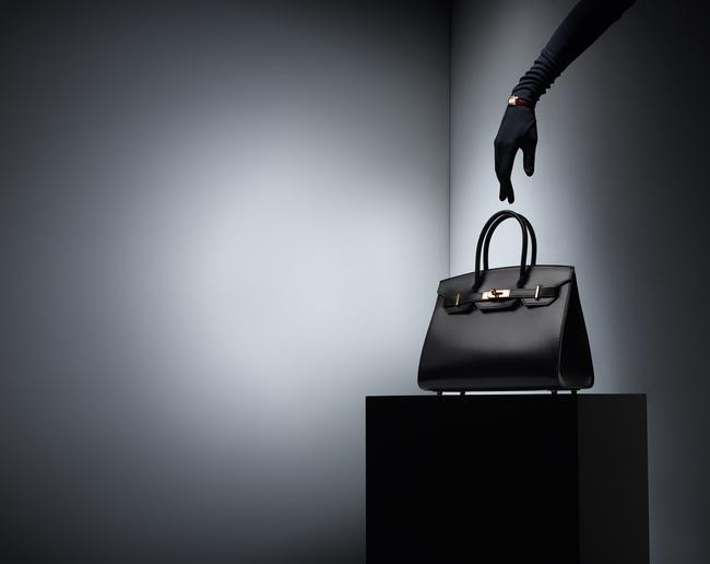 Mổ xẻ lý thuyết kinh tế từ chiếc túi Hermes Birkin đắt nhất hành tinh