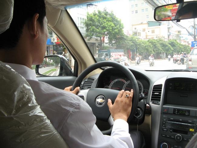 Sát hạch cấp bằng lái xe bằng thiết bị tự động