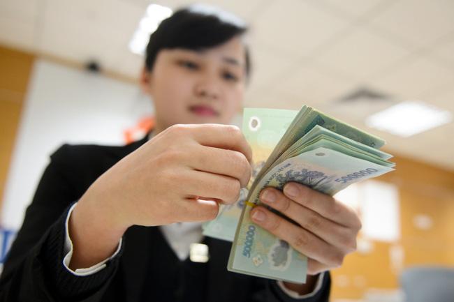 Vì sao nhân viên ngân hàng được thưởng Tết nhiều?