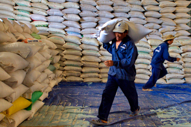 Chưa quá lo khi Thái Lan bán toàn bộ gạo dự trữ