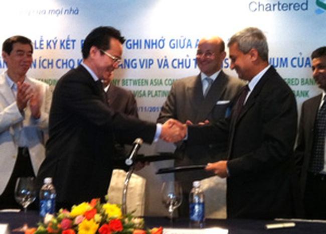 Standard Chartered bắt đầu bán 4,4 tỷ USD tài sản tại châu Á