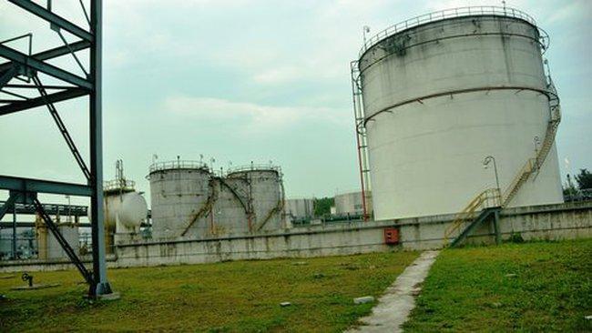 """""""Trùm mền"""" những dự án ethanol ngàn tỉ"""