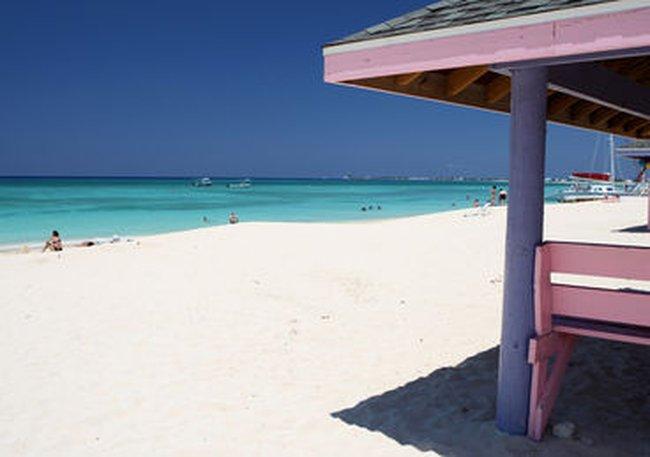 Hòn đảo nhỏ bé này lại là chủ nợ lớn thứ 3 của Mỹ