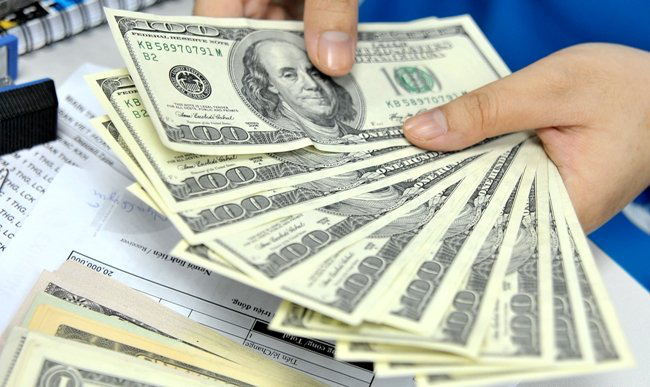 Tỷ giá trung tâm giảm 4 đồng ngày đầu tuần