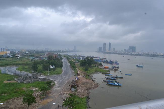 Đà Nẵng: Đất vàng dọc bờ sông Hàn tăng chóng mặt