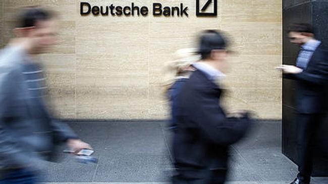 [Chart] Nửa triệu nhân viên ngân hàng đã mất việc kể từ khủng hoảng tài chính