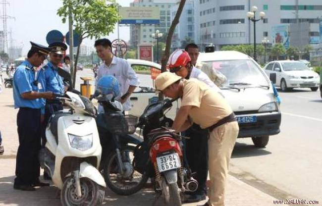9 lỗi vi phạm giao thông bị phạt tiền từ ngày 1/1/2017