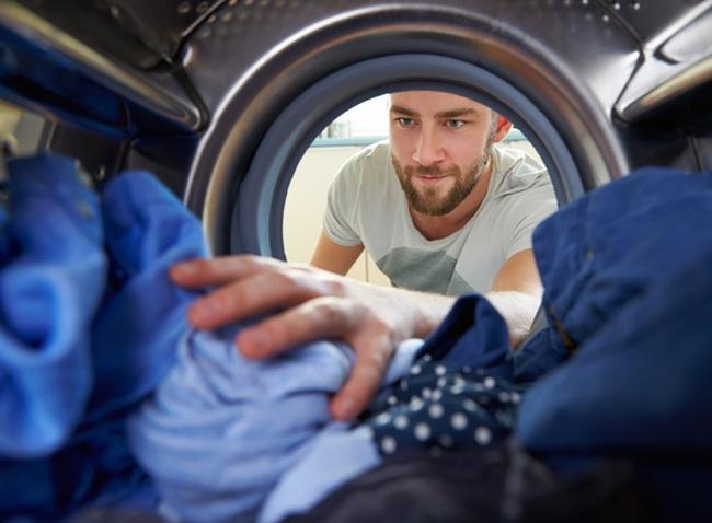 Ném 5 viên thuốc giảm đau vào máy giặt, bạn sẽ có 1 điều kỳ diệu!