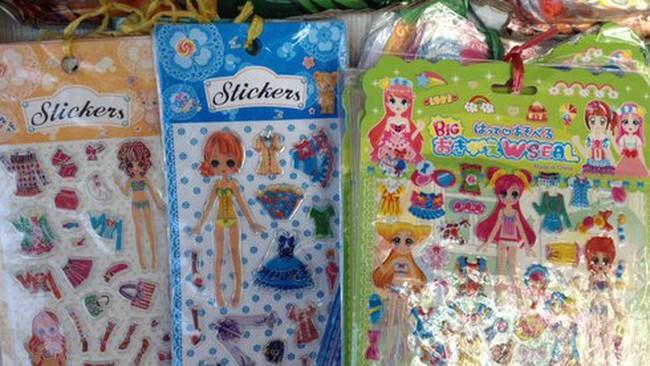 Cảnh báo đồ chơi Trung Quốc độc hại, dạy trẻ nói bậy, bạo lực