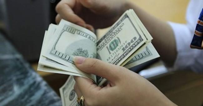 Tỷ giá trung tâm giảm mạnh phiên đầu tuần