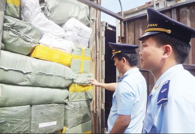 Kinh tế Trung Quốc giảm sút: Bình tĩnh ứng phó