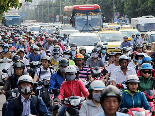 TP.HCM sắp hết đường cho xe nhúc nhích