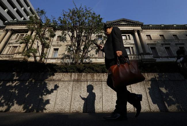 Các vụ bê bối vẽ lại bức tranh doanh nghiệp Nhật