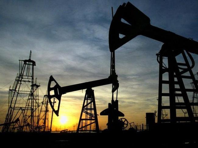 Giá dầu lập đỉnh 5 tuần phiên thứ 2 liên tiếp
