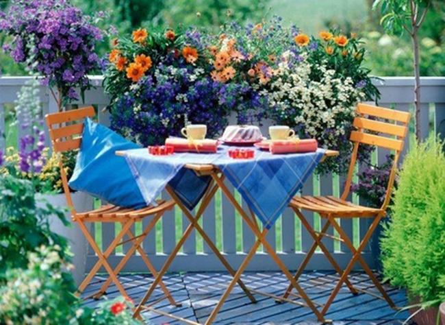 Cải tạo ban công thành thiên đường thư giãn trong mùa hè
