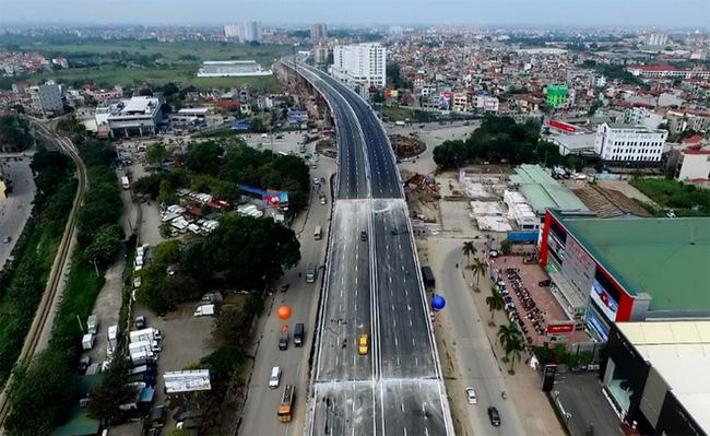 Thông xe cầu vượt thép lớn nhất Việt Nam