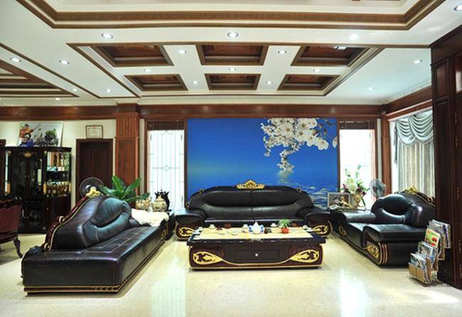 Choáng ngợp trước biệt thự hoàng gia 100 tỷ của ca sỹ Trang Nhung