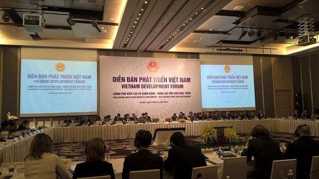 """Việt Nam """"đặt hàng"""" chuyên gia nước ngoài khuyến nghị chính sách cho sự phát triển"""