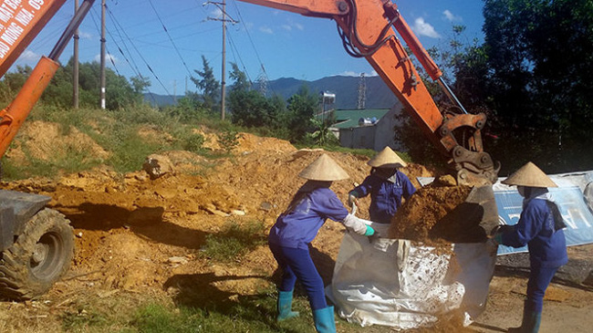 Formosa chôn chất thải ở khu dân cư