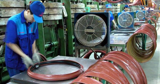 Chi phí 'bôi trơn' tiếp tục tăng, doanh nghiệp Việt ngại lớn
