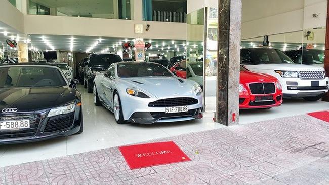 """""""Mục sở thị"""" bên trong công ty nhập khẩu siêu xe """"khủng"""" nhất Việt Nam"""