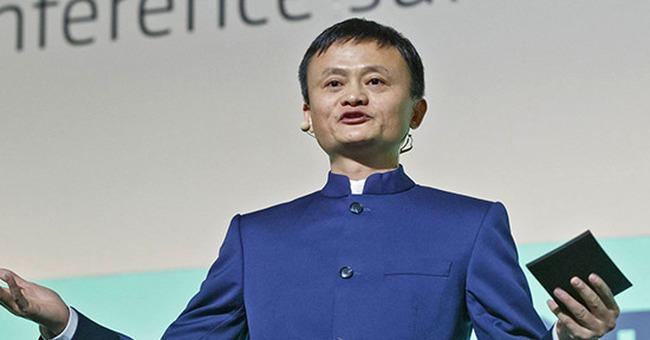 """Jack Ma: """"Hàng giả thực chất là hàng ăn trộm"""""""