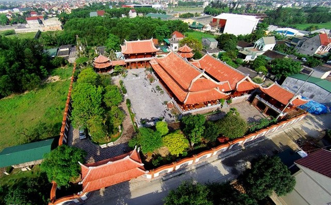 Những ngôi biệt thự trăm tỷ khiến dư luận choáng váng của đại gia Việt
