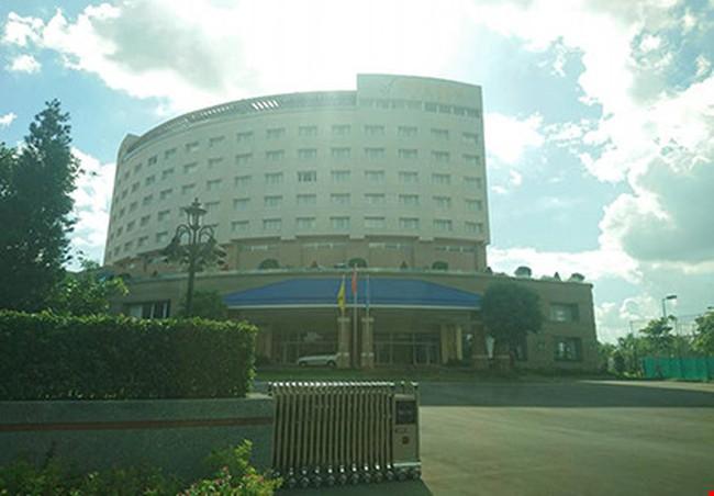Bán khách sạn vì ngân sách bù lỗ mỗi tháng nửa tỉ