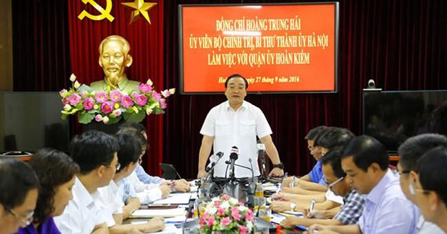 Bí thư Hà Nội: Thu phí gửi xe 500 nghìn/lượt, chính quyền có biết?