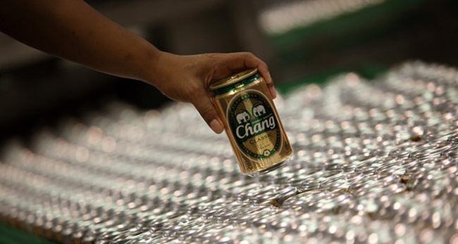 Thay vì Bia Sài Gòn, người Việt sắp phải uống Bia Con Voi của người Thái?