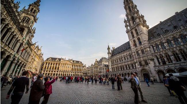 Nhà hàng, khách sạn ở Brussels điêu đứng vì khủng bố