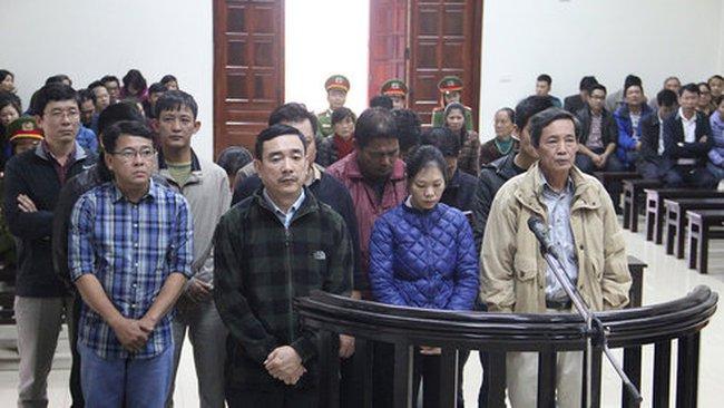 Buôn lậu gần 7.700 tấn dầu, chủ mưu lĩnh án 19 năm tù