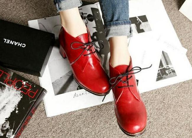 Những lưu ý tối thiểu cần biết khi chọn giày dép để bảo vệ đôi chân