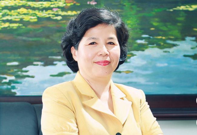 Bà Mai Kiều Liên đăng ký mua cổ phiếu VNM lần đầu tiên từ khi niêm yết