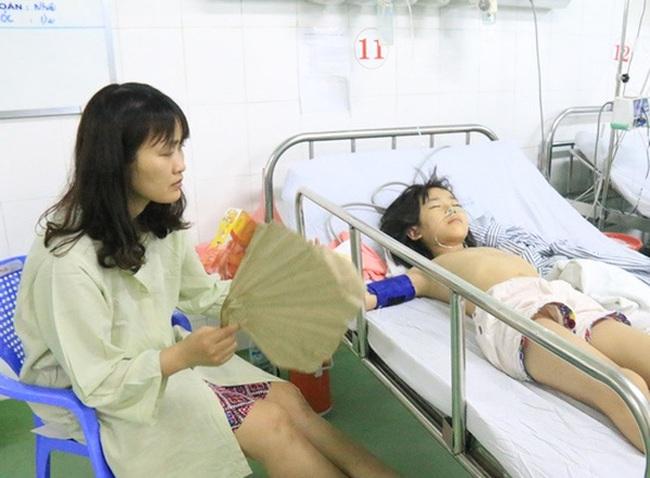 Nhân chứng kể lại giây phút con tàu chìm, lật úp giữa sông Hàn