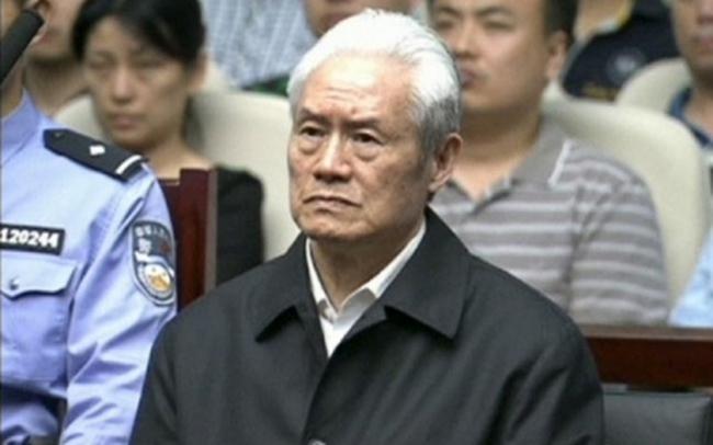 Vợ con Chu Vĩnh Khang ngồi tù vì tham nhũng
