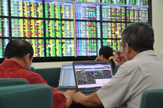 Sôi động cổ phiếu bất động sản, VnIndex bật tăng gần 5 điểm