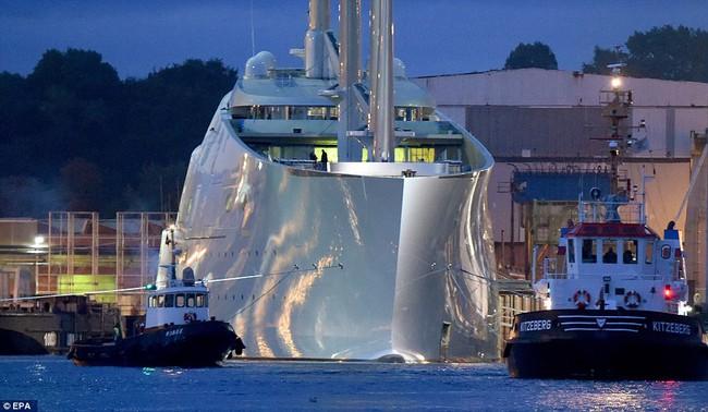 Chiêm ngưỡng siêu du thuyền lớn nhất thế giới giá hơn 400 triệu đô của tỷ phú Nga