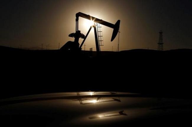 IEA: Giá dầu đã thoát đáy
