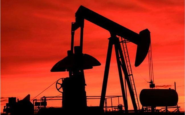 Giá dầu sụt sâu xuống dưới 30 USD/thùng