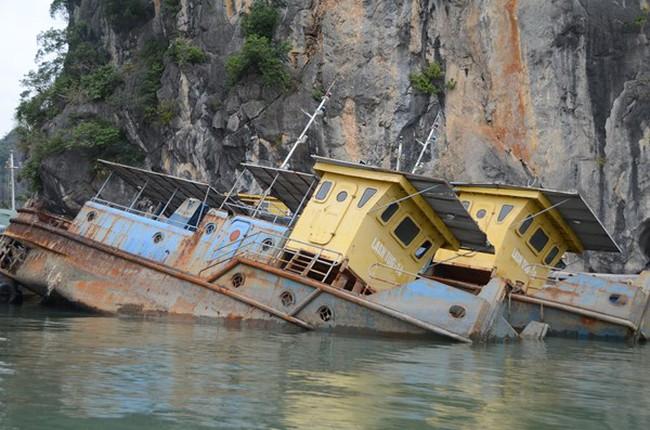 """9 con tàu """"ma"""" của Vinashin trên vịnh Hạ Long: Không thể xử lý được?"""