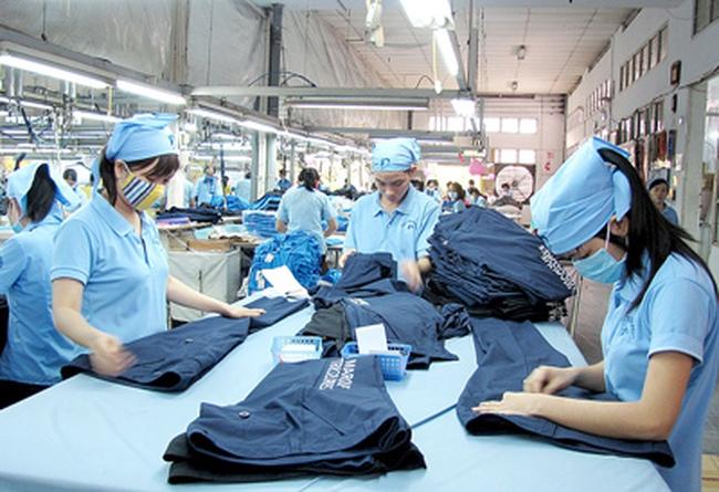 """Trung Quốc ngừng mua sợi, Vinatex """"kêu khó"""""""
