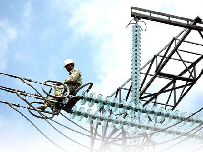 Việt Nam giảm nhập khẩu điện từ Trung Quốc