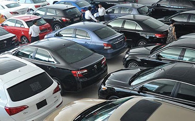 Nhập ôtô: Khó xử với Thông tư 20